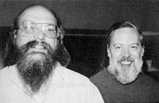 Ken_Thompson_and_Dennis_Ritchie Por que o Linux é gratuito?