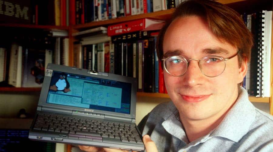 linus-torvalds-first-email-message-linux-announcement Por que o Linux é gratuito?